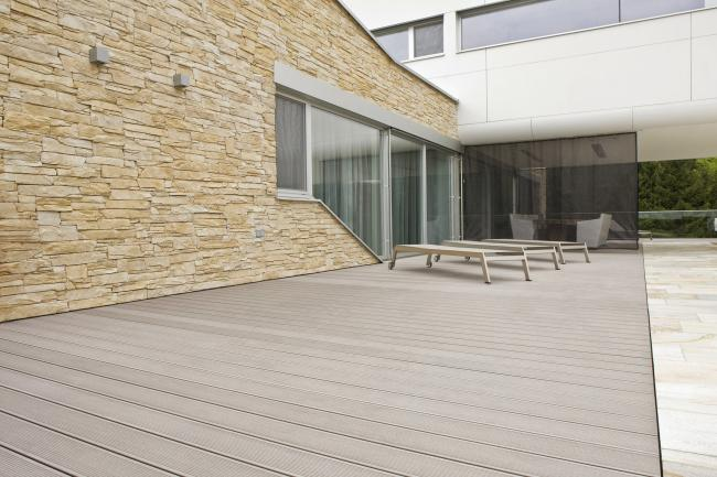 Pavimento exterior sistema de tarimas para terrazas for Pavimentos para jardines y terrazas