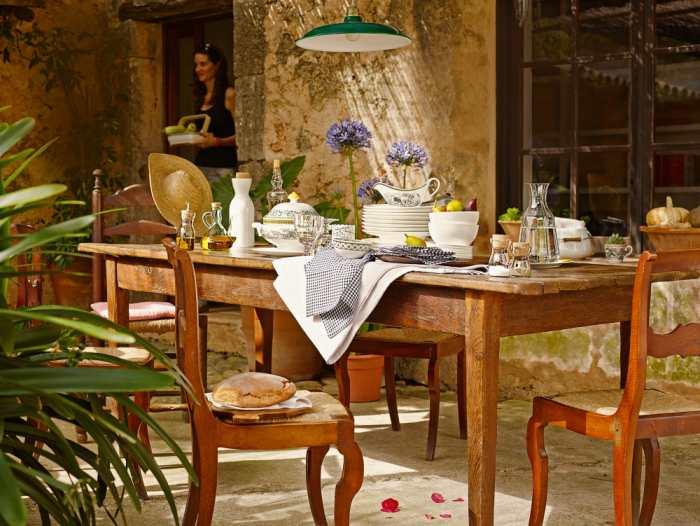 vajilla y menaje para mesas prácticas